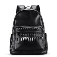 mochilas personalizadas al por mayor-Fábrica al por mayor marca de los hombres bolso multifuncional mochila portátil moda remache mochila estudiante remache personalizado mochila de viaje