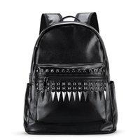 mochilas homem personalizado venda por atacado-Fábrica de atacado da marca dos homens bolsa multi-funcional mochila portátil moda rebite estudante mochila rebite personalizado mochila de viagem