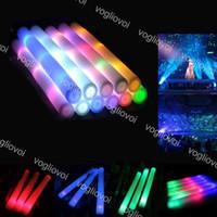 мигающие пенные палочки оптовых-Пена из светодиодов Красочные мигающие дубинки Красочные светящиеся палочки Фестиваль украшение вечеринки Светящиеся пенные палочки Концерт светящиеся палочки DHL