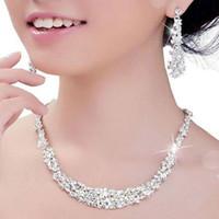 halskette kopfstück großhandel-2019 Silber Brautschmuck Set Überzogene Halskette Diamant Ohrringe Hochzeit Schmuck Sets für Braut Brautjungfern Kopfschmuck Zubehör