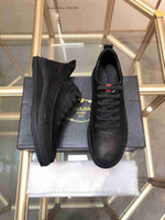 ingrosso scarpe da ginnastica per uomo-Scarpe sportive allacciate Moda comode mocassini casual in vera pelle per uomo Luxury Luxury Men's Fashion