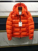 casaco de design para baixo venda por atacado-2019 Novos homens Marca de Inverno para baixo Homens Jaqueta de Luxo Curto e de alta qualidade Logotipo atraente Para Baixo Casaco Simples Design Duplo zíper jaqueta