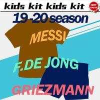 setzt messi großhandel-2020 Kids Kit # 10 MESSI Fußballtrikots home 19/20 # 17 GRIEZMANN # 9 SUAREZ Fußballtrikots away Kinderset Fußballtrikots mit Shorts