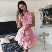 asymmetrische spitze-abschlussballkleid großhandel-Charming Lace Asymmetrische Homecoming Kleider Illusion Vestidos De Fiesta Günstige Special Occasion Kleid Short Prom Party Kleider Cocktailkleider