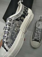 женская обувь оптовых-2019 Новая модель Мода и качество в 2019 году Дизайнер Женщины Свободное время Кроссовки Дамские девушки Тканевый чехол Повседневная обувь 6 цветов Женская обувь
