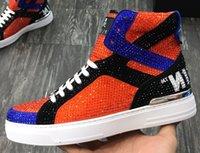 ingrosso scarpe da moda high street-Scarpe da skateboard alte da uomo in pelle di mucca di marca Scarpe da ginnastica sportive Sneakers alla moda Stivali alla caviglia Martin Street Casual Skull Scarpa con strass, 38-45