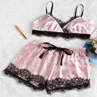 bayanlar seksi saten iç çamaşırı toptan satış-2 adet Bayan Lady Seksi Saten Dantel Pijama Babydoll Lingerie Gecelik Pijama Takımı Sutyen Şort Giysi Set