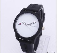 Wholesale stainless steel tables for sale - Group buy American leisure Men and women sports fashion simple quartz watch table student silicone strap watch