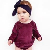 pleuche kleidung großhandel-Ins Babykleidung Onesies Strampler Pleuche Langarm Strampler Qualität Lila Rot Niedlich All-Matched 2019 Spring Fall