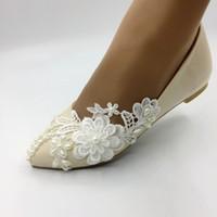 плоские шампанские сандалии оптовых-Handmade шампанского кружева цветы Плоский каблук указал обувь ручной работы женских туфель свадебных сандалии свадебные туфли EU35-41