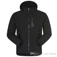 Men Waterproof Breathable Softshell Jacket Men Outdoors Sports Coats women Ski Hiking Windproof Winter Outwear Soft Shell men hiking jacket