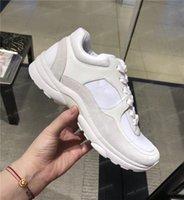 markalı tenis ayakkabıları spor ayakkabıları toptan satış-Erkek ayakkabı tasarımcısı Fransa Markalı Süet Deri Rahat Ayakkabılar Moda Kadınlar Lüks Tasarımcı Sneakers Tenis eğitmenler Sneaker ...
