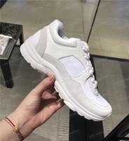sapatas de couro da camurça dos homens venda por atacado-Mens designer sapatos França Marca de Couro de Camurça Sapatos Casuais Moda Feminina de Luxo Designer de Tênis Tênis formadores Sapatilha sapato chaussures