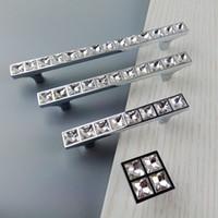 puxa botões para armários de cozinha venda por atacado-Super Brilhante De Vidro De Cristal 3D Diamante Alças Móveis Sliding Door Gaveta Maçanetas Armários de Cozinha Armário Dresser Push Pull Handle