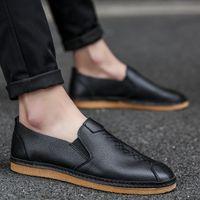 sapatos coreanos venda por atacado-Verão Lazer Moda negro Masculino sapatas de lona sapatos leves Homens Loafers Coreia do Plano barco condução
