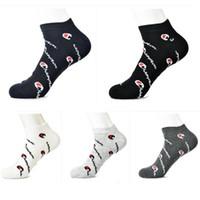 erkekler için çorap yaz toptan satış-Şampiyonlar Mektup Ayak Bileği Çorap Yaz Unisex Halhal Çorap terlik Kadın Erkek Genç Spor Koşu Basketbol Çorap Kısa Tekne Çorap C41207