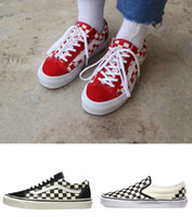 zapatos de lona casuales para mujer al por mayor-2019 Original Van old skool slip en hombre para mujer zapatillas de lona negro blanco rojo YACHT CLUB Strawberry skate moda zapatos casuales