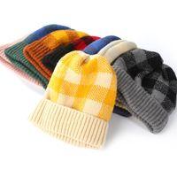 ingrosso pezzo del cappello del crochet-Cappello donne Plaid Crochet 9 colori Parent Child toni caldi Hat studenti Ear Protecton cappello del pattino 2 Pezzi ePacket