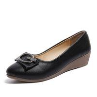 chaussure bateau chaussure achat en gros de-Designer Chaussures Habillées Printemps Automne Femme Talons Moyens Compensées Escarpins Métal Bateau Femmes Habits Bureau Dames Bureau zapatos mujer 61h99