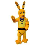ropa de noche caliente al por mayor-R2019 Venta caliente Cinco Noches en Freddy's FNAF Toy Creepy Yellow Bunny Mascot Cartoon Ropa de Navidad