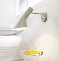 lamba askıları toptan satış-Loft AJ Duvar Lambası Arne Jacobsen Işıkları 120 ° Rotasyon Duvara Monte Işıkları Modern Aplik Beyaz / Siyah renk