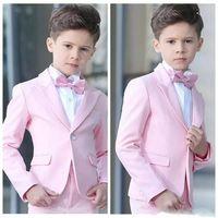 ingrosso giacca rosa dei ragazzi-Nuovi popolari Pink Boys Smoking Occasioni formali Picco bavero Smoking per bambini Festa per bambini Festa Blazer Suit (Jacket + Pants + Tie) 90