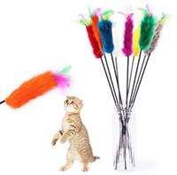 tren de juguete largo al por mayor-2019 Colorido Conejo Pelo Pluma Gato Teaser Plástico Elástico Largo Polo Gatos Palillo Divertido Mascota Gatos Juguetes de Entrenamiento Interactivo Favorito