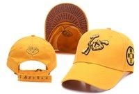 желтые snapbacks оптовых-Горячий продавать желтый колпачок Баскетбол Бейсбол Snapback Snapbacks Все команды Футбол Шляпы Man Спорт Flat Hat Hip-Hop Caps тысячи стилей