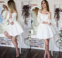 Elegante Blanco Cuello Redondo Vestido De Fiesta Corto Vestido De Fiesta Encaje Con Mangas Una Línea Acanalada Fiesta Barata Graduación