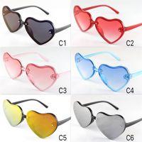gafas de niños lindos al por mayor-2019 nueva llegada de las gafas de sol para niños lindo Corazones de colores del tamaño constructivo Gafas para niños Lovely Baby Gafas de sol UV400 mayorista