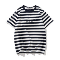 sterben t shirts großhandel-Die gestreiften T-Shirts der Jeans-USA-Männer Sommer-Mode-Stickerei-Designer-T-Stücke schließen sleeved Oberseiten-Kleidung kurz