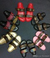 ingrosso nuovi sandali alla moda-nuovo arrivo 2019 nuovo stile alla moda mens sandali da scivolo ragazzi stampa pantofole in pelle con piedi morbidi euro 35-45