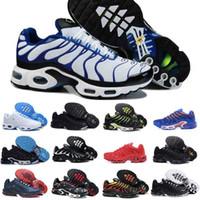 neue schnittschuhe design großhandel-2019 Nike Air Max Tn Shoes New Airmax Tn Plus Neue Air Tn Schuhe Für Design Männer Tn Plus Sportschuhe Günstige Tn Requin Atmungsaktives Mesh Schwarz Weiß Rot Trainer Turnschuhe