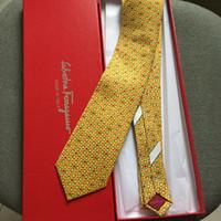 laço de malha dos homens venda por atacado-2019 novos laços dos homens da marca dos homens de moda gravata de seda clássico do vintage fio-tingidos de seda gravata caixa de presente dos homens gravata