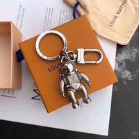 diseños de cajas de regalo de lujo al por mayor-marca llavero de la llave del coche de lujo de la moda de la cadena de metal sólido astronauta creativa los hombres y mujeres de diseño de lujo discreto regalo caja de embalaje de la cadena
