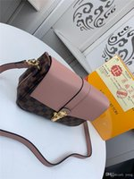 Wholesale patent genuine leather hand bag for sale - Group buy 18FW Fashion Patent Leather WOMEN BAG Small Rivet Round Crossbody BAG For WOMEN Chain Brand BAGs Ladies Hand BAGs YYY11