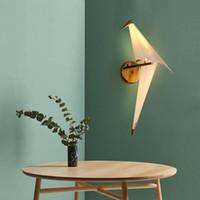 wandpapierentwürfe für schlafzimmer großhandel-LED Bird Design Wandleuchte Nachttischlampe Creative Origami Paper Crane Wandleuchte für Loft Schlafzimmer Arbeitszimmer Foyer Esszimmer