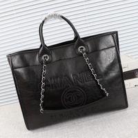 ingrosso borsa arancione modello-Borsa a tracolla da donna, produzione di pelletteria, grande capienza, borsa di design, alla moda e generosa, borsa di design. Modello: 6057-3