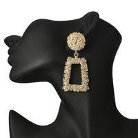 büyük gümüş sarkıt küpeler toptan satış-Vintage Büyük Dangle Küpe Kadınlar Gümüş Altın Renk Geometrik Bildirimi Düğün Dangle Küpe Avize Bohemian Parti Takı Ucuz