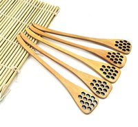 Wholesale wood carving accessories resale online - Cute Wood Creative Carving Honey Stirring Honey Spoons Honeycomb Carved Honey Dipper Kitchen Tool Flatware Accessory SN3790