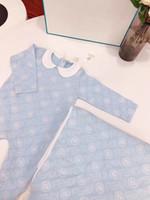 neue baby-set-decke großhandel-neuer neugeborener Baby-Baumwollspielanzug-Frühlings-Herbst-Säuglingsoverall + Decke 2pcs / Set Jungen-Mädchen-Druck-lange Hülsen Sleepsuits
