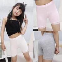 pantalón de seguridad blanco al por mayor-2019 Bebé niña de verano pantalones cortos seguros niños modal algodón encaje leggings para niña pantalones de seguridad blancos