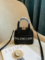 messenger rucksäcke für frauen großhandel-Frauen Handtasche Leder Frauen Umhängetaschen Designer Frauen Messenger Bags Damen Casual Tragetaschen kleine Geldbörsen Kosmetische Handtaschen Rucksack