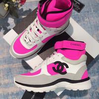 calcanhares altos venda por atacado-Moda de alta qualidade homens sapatos de grife Ankle Boots casuais flats high-top tênis de luxo mulheres calçados esportivos Clássico sapatos de Casal modelos