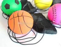 juguetes para mas al por mayor-Bouncy Fluorescente Pelota de goma Muñequera Tablero de pelota Aleatorio Más Estilo Divertido juego de juguetes Entrenamiento divertido de pelota elástica Antiestrés lol