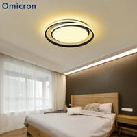 einfache schwarze kronleuchter großhandel-Omicron Moderne LED Kronleuchter Runde Einfache Aluminiumlampe Für Wohnzimmer Schlafzimmer Innen Schwarz Weiß Kronleuchter Leuchten