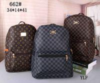 bolsas de senderismo para hombres al por mayor-Hot Sell Classic Fashion bags marca diseñador Mujeres Hombres Mochila Estilo Bolso Unisex Bolsos de hombro Bolsa de senderismo de viaje (42 colores para elegir)