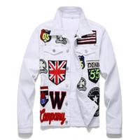 jackets for embroidering al por mayor-Chaqueta para hombre Bandera inglesa Cráneo Bordado Chaqueta de mezclilla blanca Letras Insignia Escudo de manga larga Abrigo Patchwork Prendas de abrigo