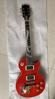 étuis à serpents rouges achat en gros de-Personnalisé guitare rouge slash avec étui de guitare ABR-1 pont Abalone serpent incrusté manche de table rouge serpent flamme Top Slash guitare électrique