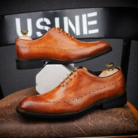 italy leather wedding shoes for men toptan satış-2019 Yeni El Yapımı İtalya Vintage Erkek Oxford Ayakkabı Gerçek Deri Düğün Örgün Casual Marka Erkek Giysi Ayakkabı